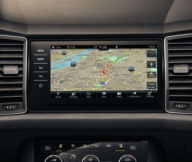 SKODA Display mit Navigationssystem
